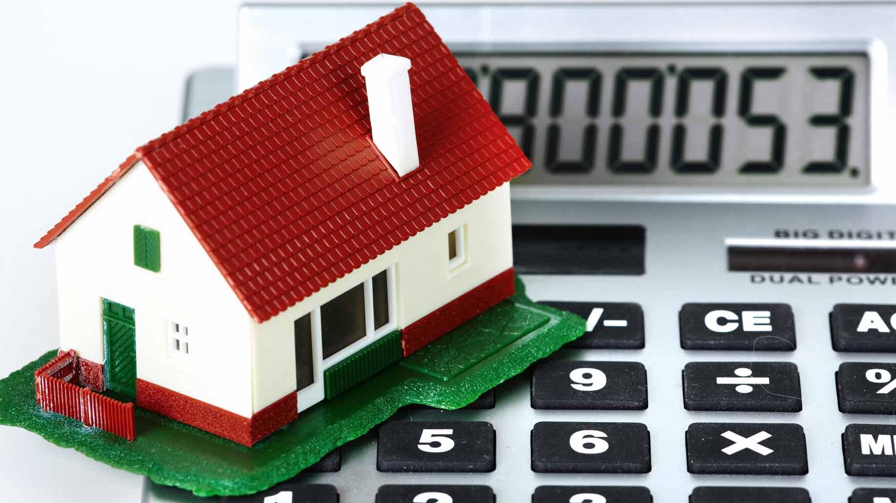 house-calculator-taxes.jpg