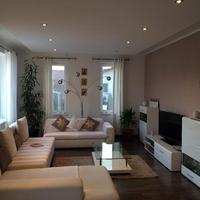 Különleges luxusotthonok, és elérhető árú barátságos lakások a hét legszebbjei között