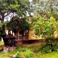 Romantikus házikók eldugott, kis falvakban, elvonuláshoz