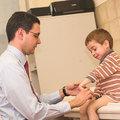 Miniszteri válasz a beteg gyermekek támogatására