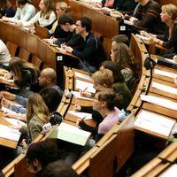A Kormány tettei az EU 2020-hoz kapcsolódó vállalások elérésnek érdekében.