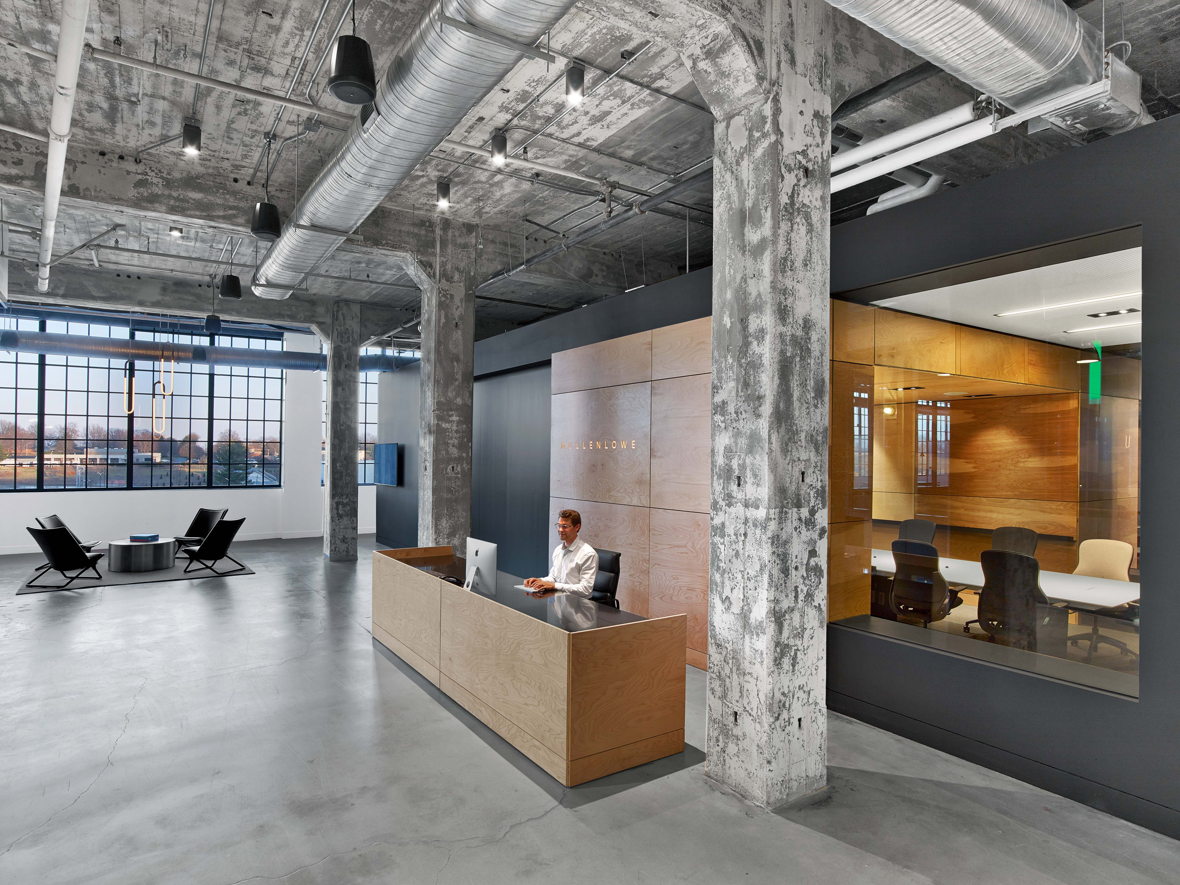 mullen-lowe-offices-tpg-architecture-interiors-north-carolina-usa_dezeen_2364_col_0.jpg