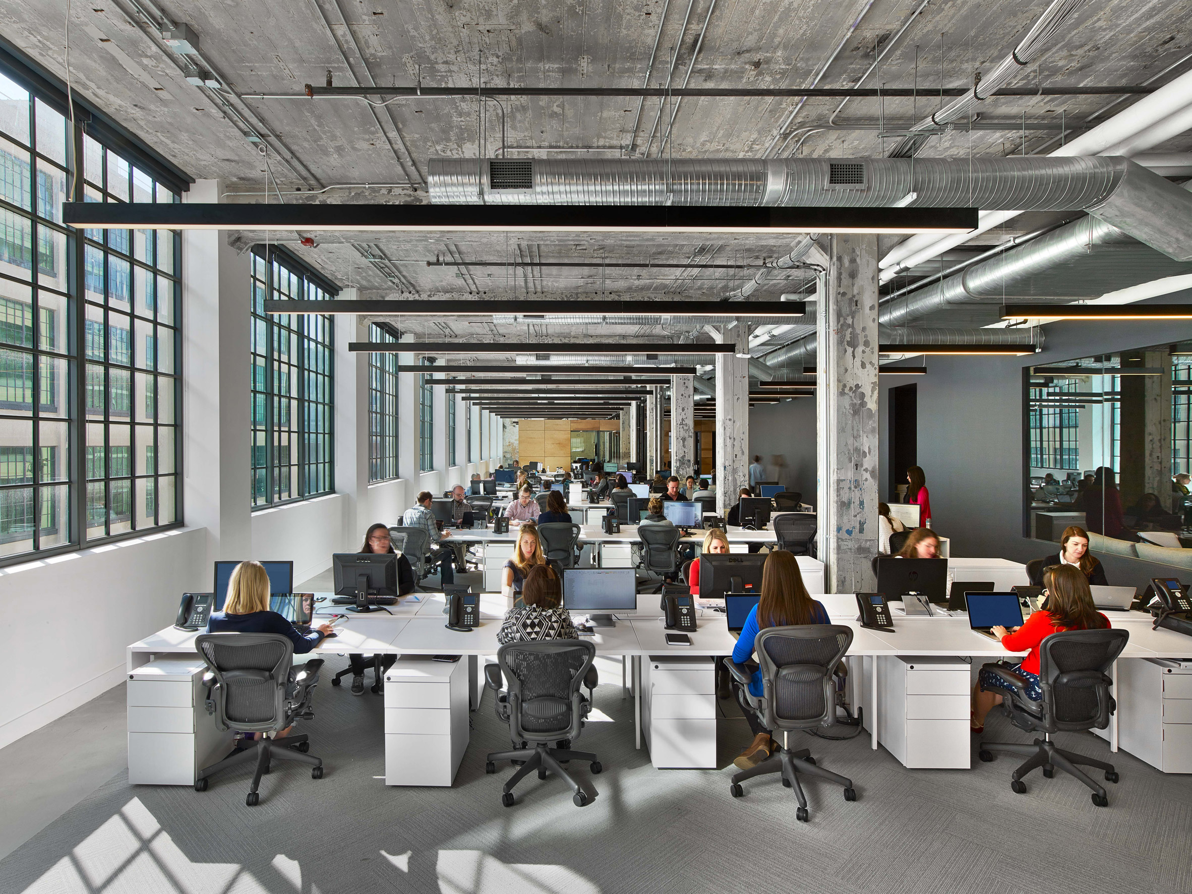 mullen-lowe-offices-tpg-architecture-interiors-north-carolina-usa_dezeen_2364_col_12.jpg