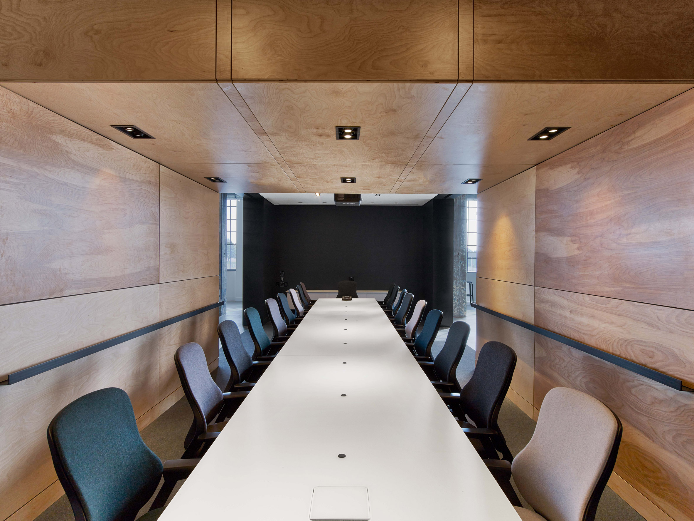 mullen-lowe-offices-tpg-architecture-interiors-north-carolina-usa_dezeen_2364_col_28.jpg