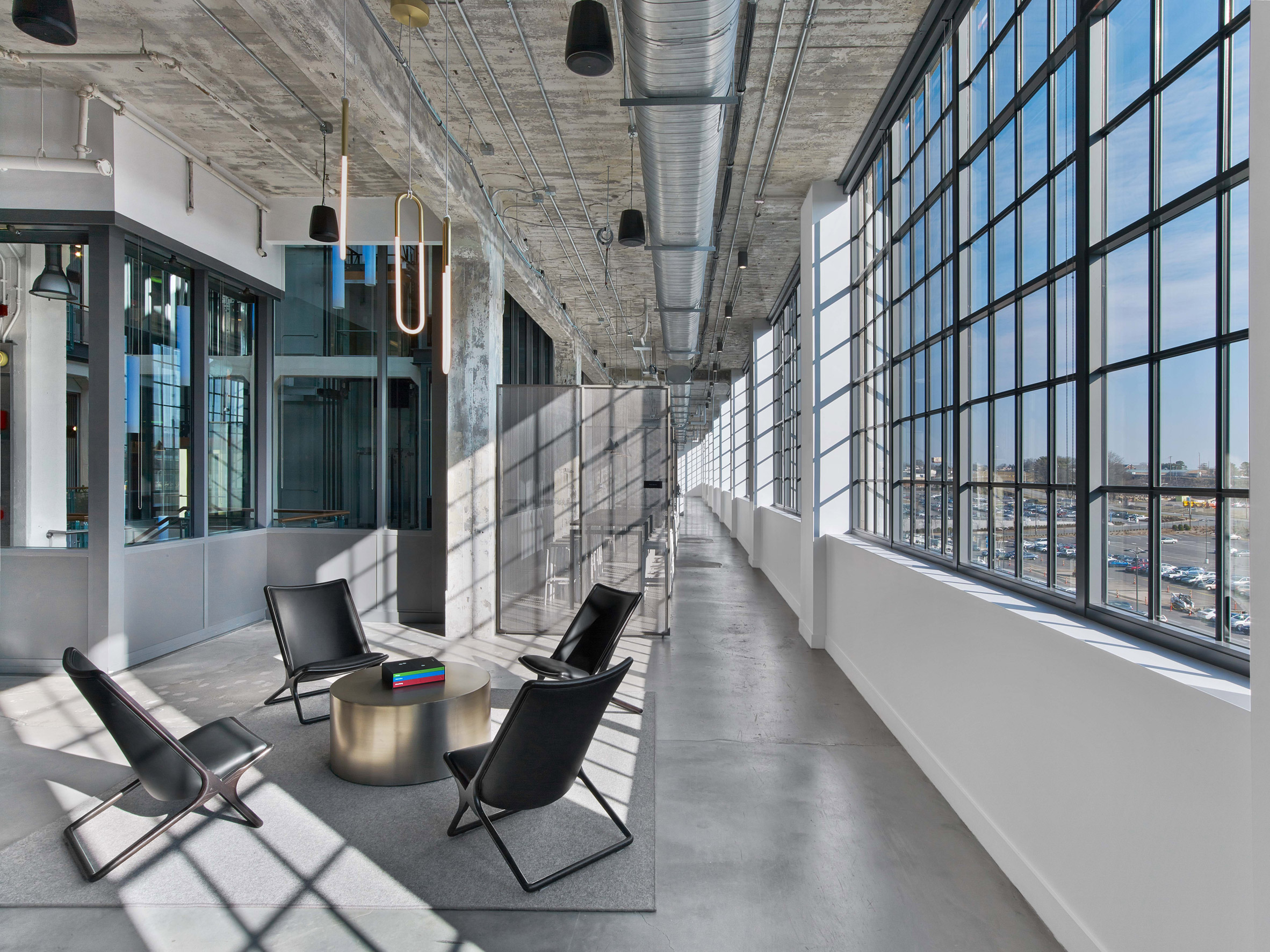 mullen-lowe-offices-tpg-architecture-interiors-north-carolina-usa_dezeen_2364_col_6.jpg