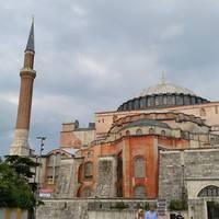 A világ 4. legnagyobb egyházi építménye képekben!