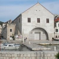 Hvar 400 éves színháza