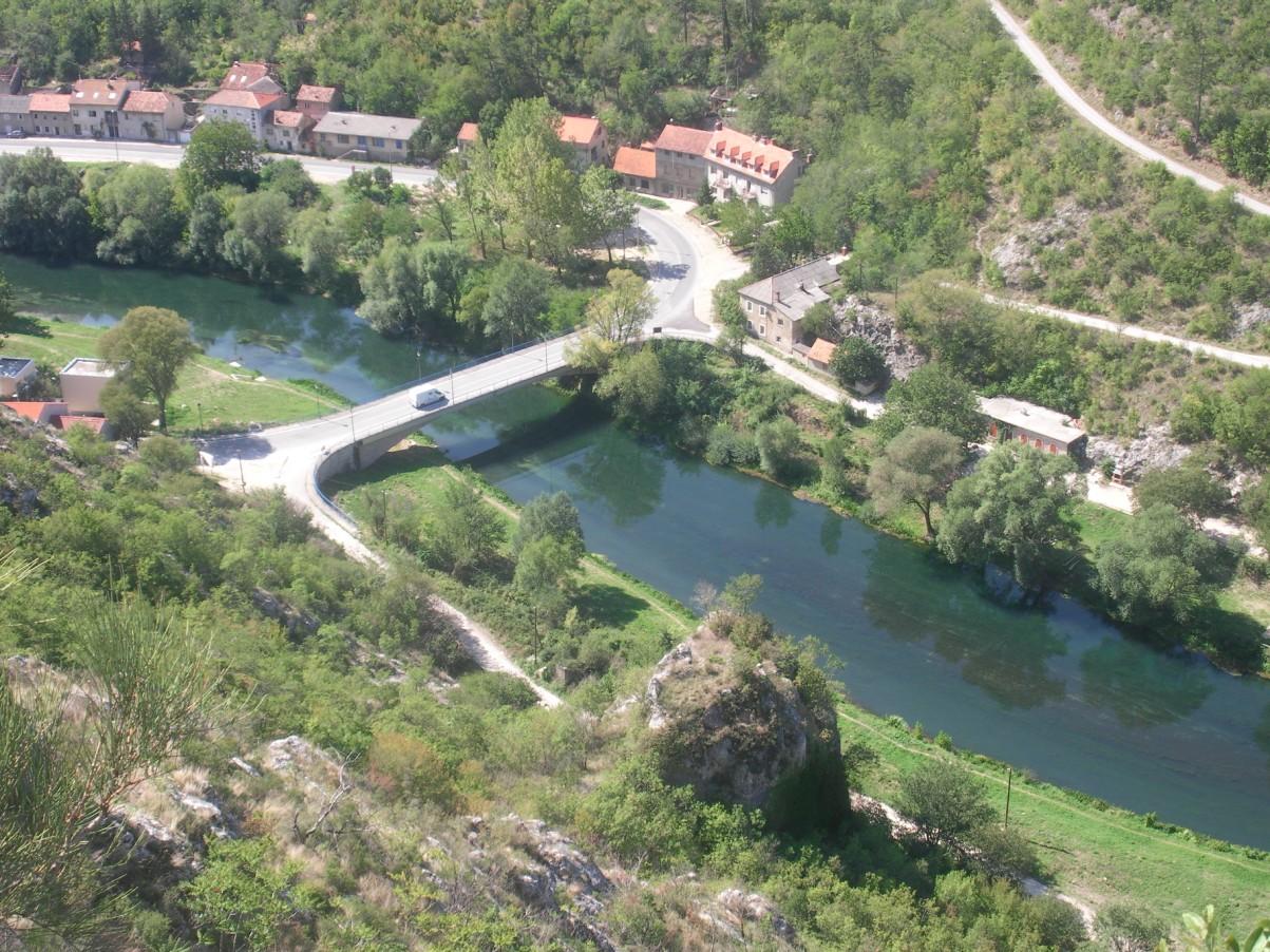 Krka folyó Knin.jpg