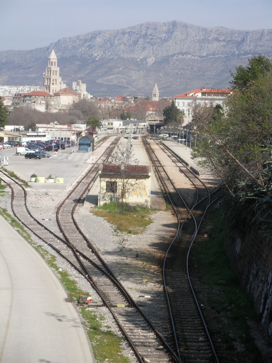 Split vasútállomás (902 x 1203).jpg