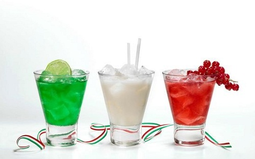 1-550_i-cocktail-tricolore-ld.jpg