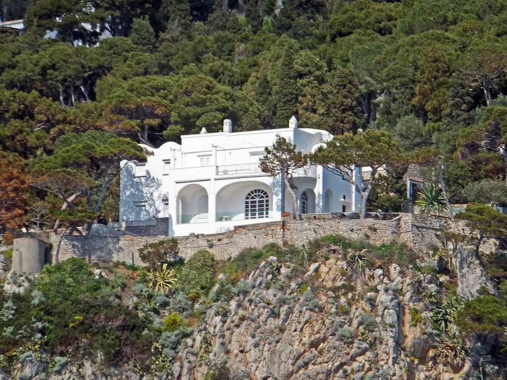 Capri A Celeb Paradicsom Ii Napjainkban Italiamo