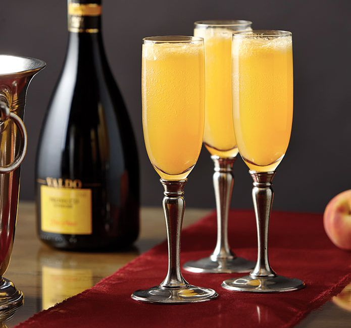 cosi-tabellini-italian-pewter-journal-how-to-make-the-bellini-cocktail-11.jpg