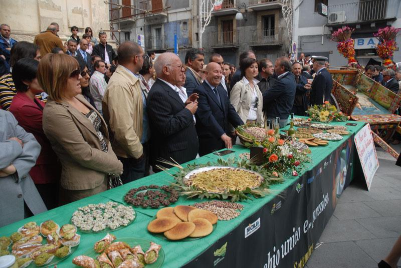 sagra-del-pistacchio-bronte-1.jpg