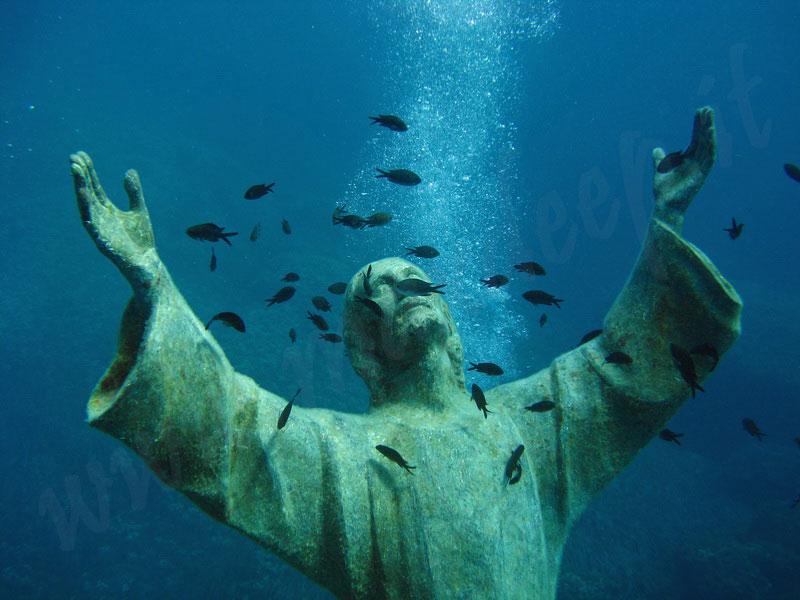 scuba-diving-at-il-cristo-degli-abissi.jpg