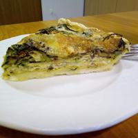 Zöldséges quiche kékpenészes és mozzarella sajttal