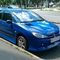 Egy kék 206-os
