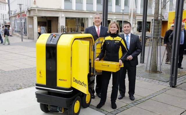 dhl-delivery-robot-640x0.jpg