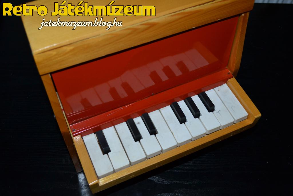pianino_4.JPG