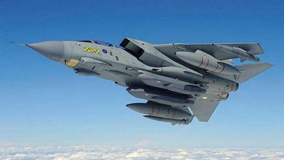 raf_tornado_with_storm_shadow_missiles_resize.jpg