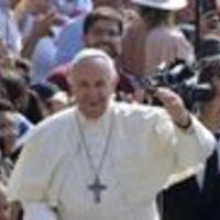 """""""A blogok, amik eretneknek neveznek? Ismerem, kik írják őket, nem olvasom"""" – Részletek Ferenc pápával való beszélgetésekből"""