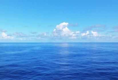 ocean-03.jpg