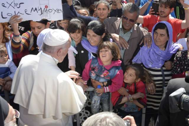 pope_francis_meets_with_refugees_on_greek_island_of_lesbos.jpg