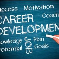 Nem pályát választanak most a fiatalok, hanem karriert!