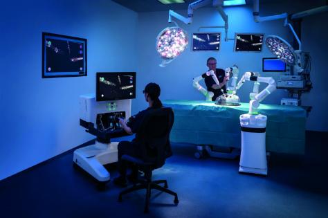 cmr_versius_surgeon_first-assist.jpg