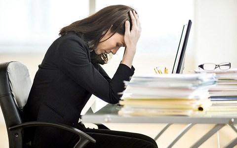 stressed-woman-work.jpg