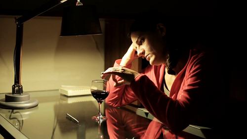 sad-woman-alone-drinking-wine-at-night_njsg4qui_f0000.png