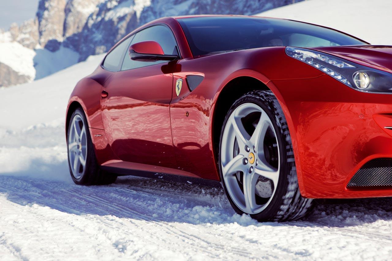ferrari_ff_snow_driving.jpg