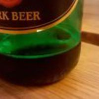 Magaslati levegőn összemennek a söröskorsók
