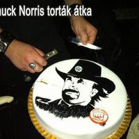 A Chuck Norris torták átka