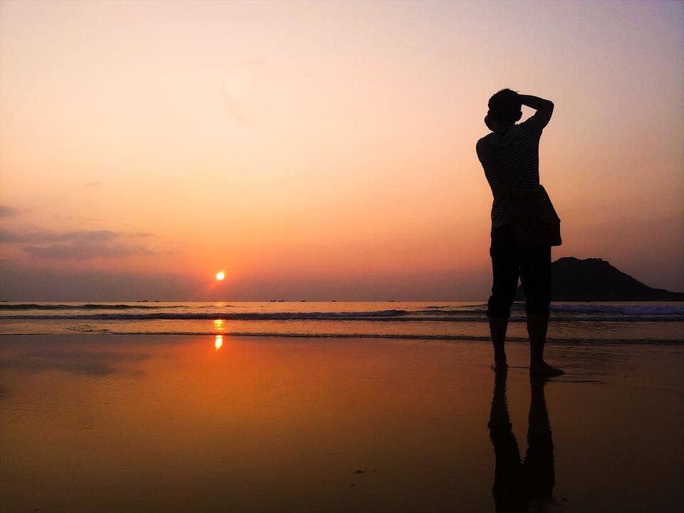 waiting-for-sunset-673091_960_720.jpg