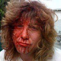 Steven Adler - vérben úszva!