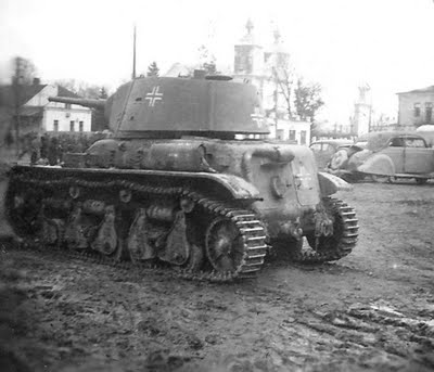 R35 french with T-26  turret.jpg