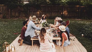 Piknikezés újratöltve! Ezek most a legmenőbb megoldások réten, parkban, kertben