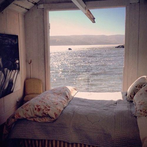 white_bohemian_bedroom_calming_relaxing_sea_view.jpg