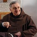 Barsi Balázs atya: Kipróbált férfiak pappá szentelése - nincs teológiai akadály?