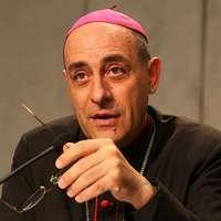 Fontos érsekség vezetését bízza Ferenc pápa az Amoris Laetitia háttérírójára
