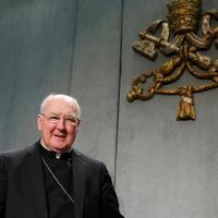 Prefektus bíboros: A papoknak