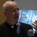James Martin: A homoszexuális embereknek nem kell tisztaságban élniük