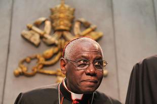 Nyilvános levélben igazította helyre Ferenc pápa Sarah bíborost