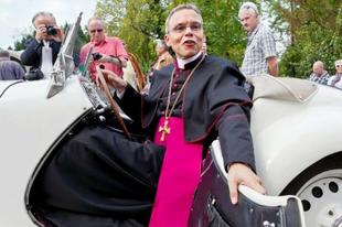 Hatmilliárd eurós rekordbevétel és különös mércék a német egyházban