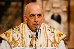 """Monsignor Bux: """"A hit teljes válságában vagyunk"""""""