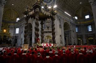 Ferenc pápa együtt ünnepli a pünkösdöt a karizmatikus mozgalom és a pünkösdista egyházak képviselőivel
