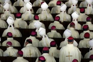 Miért érdekli a katolikus egyházat még mindig a latin?