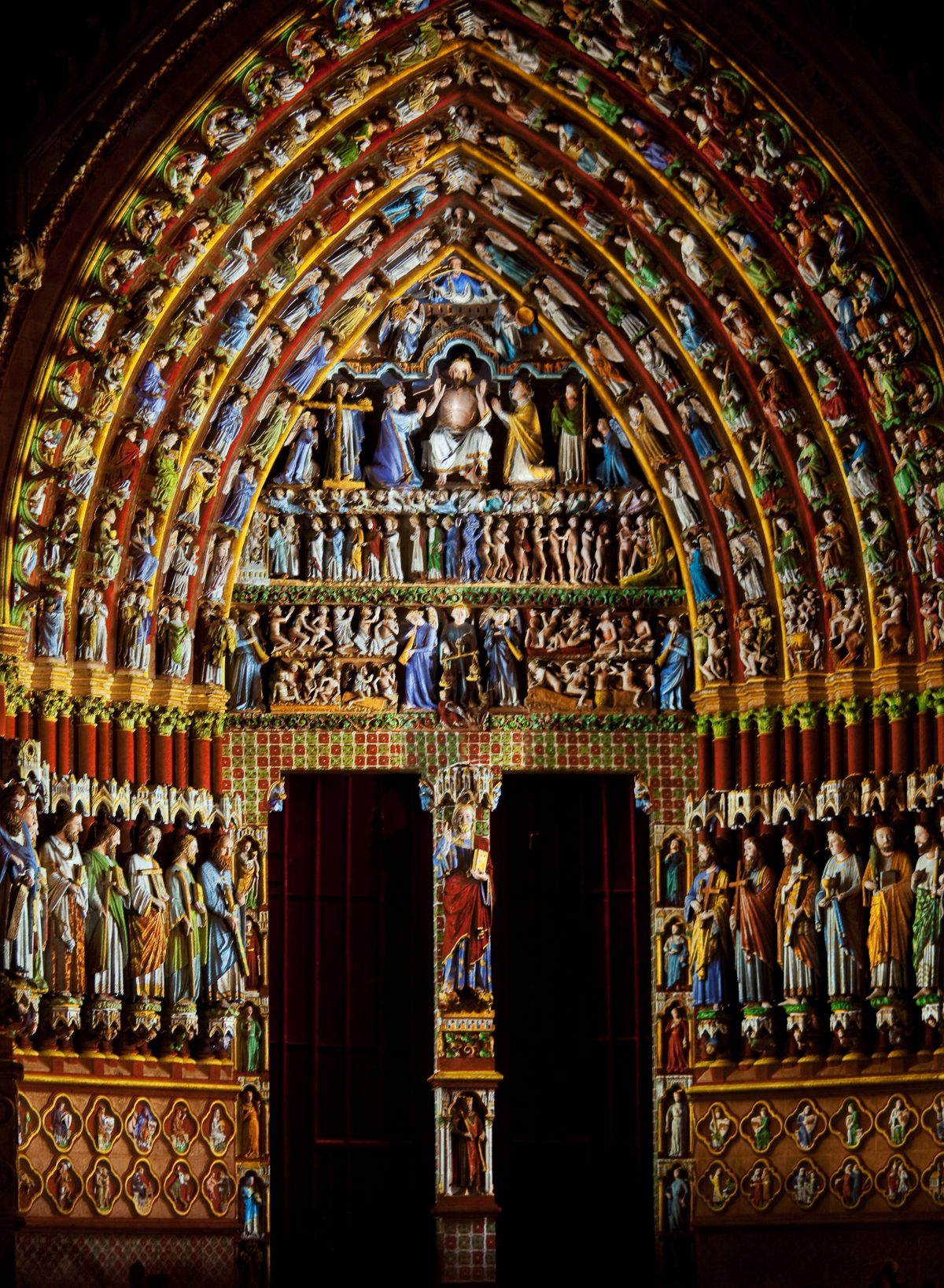 amiens-cathedral-the-central-portal-colored-lighting-1.jpg