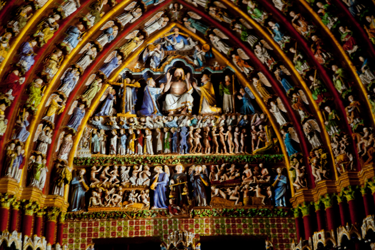 amiens-cathedral-the-last-juegement-tympanum-colored-lighting-2-of-2.jpg