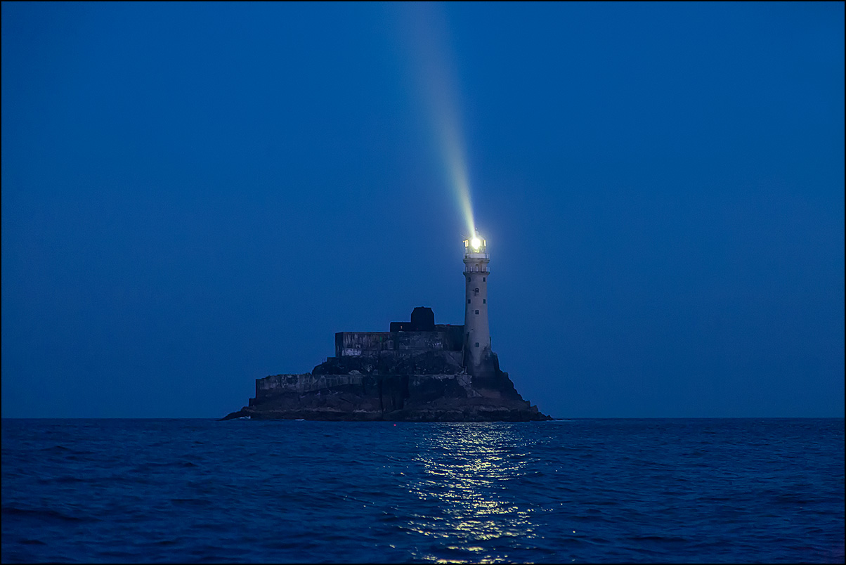 fastnet-light_john_finn.jpg